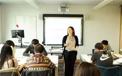 社区大学一般马来西亚留学提供大学前两年的学习