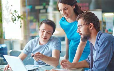 新加坡马来西亚留学就业环境精良