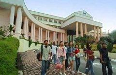 2018马来西亚世纪大学语言费用是多少