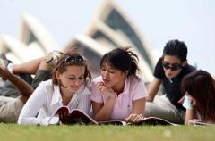 2018澳大利亚留学申请费用  澳大利亚留学语言考试费用