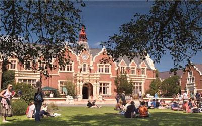 新西兰读大学,留学条件,新西兰高中