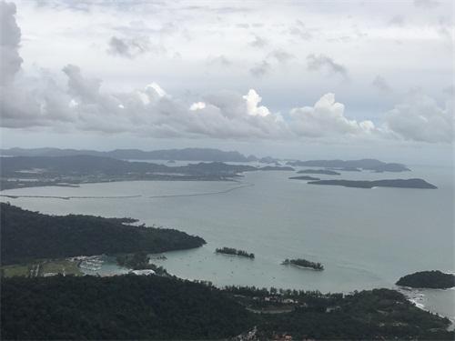 马来西亚留学生活全攻略,马来西亚留学的利弊,马来西亚留学申请条件