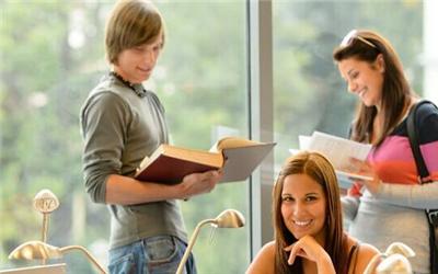 如何才能出色的完成美国阅读任务,美国大学的阅读任务,美国文化