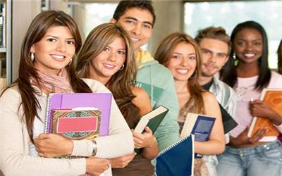 商学院之外,信息学院也是申请MIS的选择之一