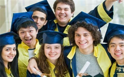 2018美国留学陪读签证的种类
