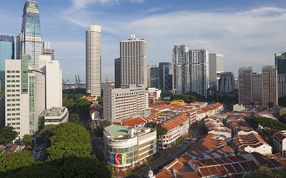 2018去香港还是新加坡留学好