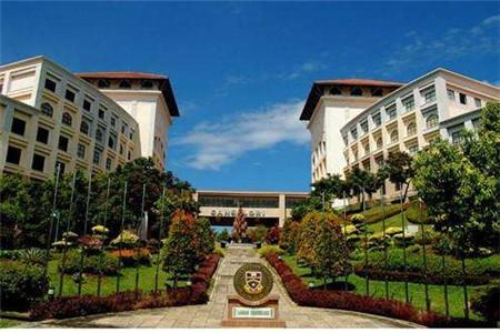 马来西亚世纪大学语言费用贵吗