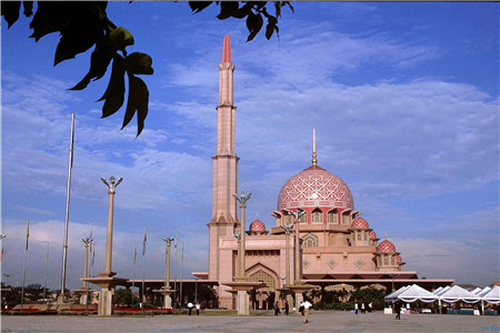 2018去马来西亚留学需要高考成绩吗