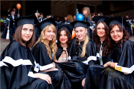 法国读硕士预科费用,法国留学,法国预科费用