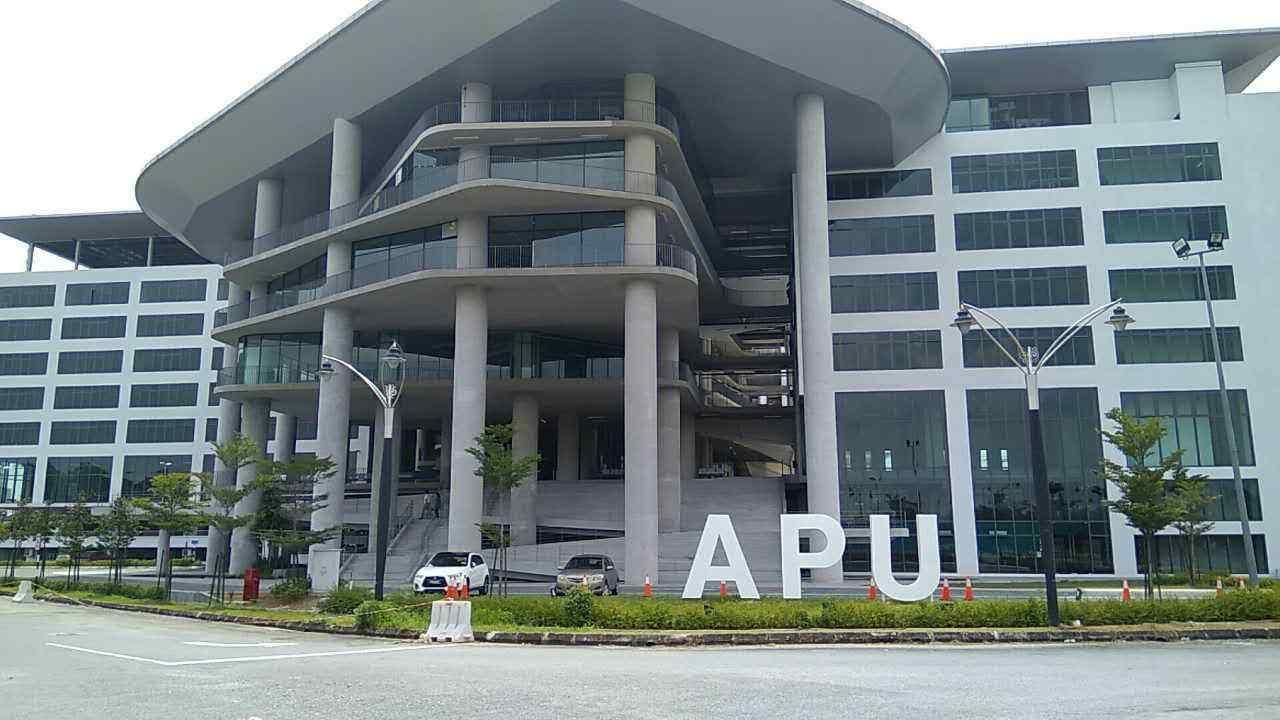 马来西亚公立大学和私立大学的区别,马来西亚留学一年学费,马来西亚留学一年生活费