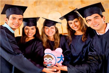 新西兰怀卡托大学留学贵吗,怀卡托大学一年的学费,新西兰留学