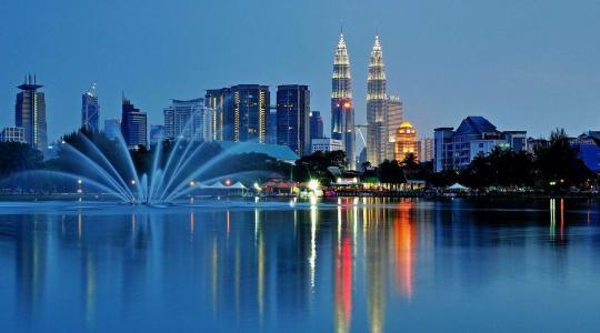 考研失败后,是二战还是留学马来西亚?