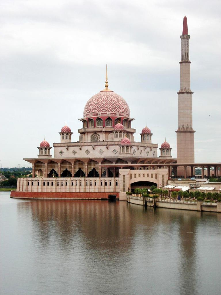 2019马来西亚博士留学费用大全