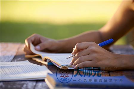 2019加拿大本科留学申请材料及要求