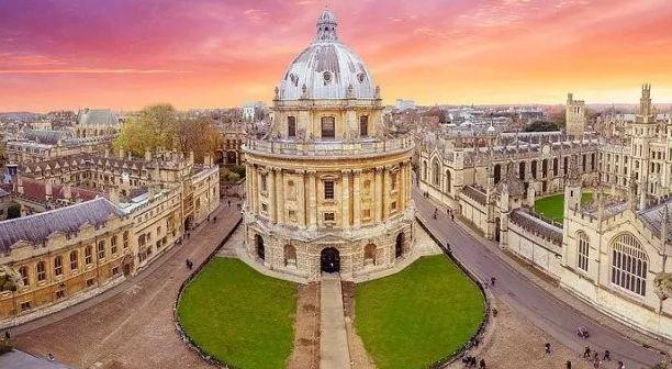 英国留学:让中国学生最满意的10所英国大学