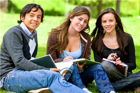 申请出国留学的文书怎么写