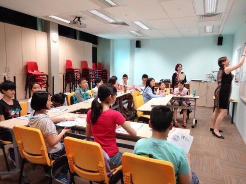 「新加坡留学」初一可以留学新加坡吗?新加坡初中生留学费用要多少?