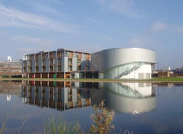 「英国留学」英国诺丁汉大学2022留学费用清单
