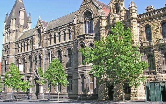 「澳大利亚留学」2020高考后留学墨尔本皇家理工大学好吗?