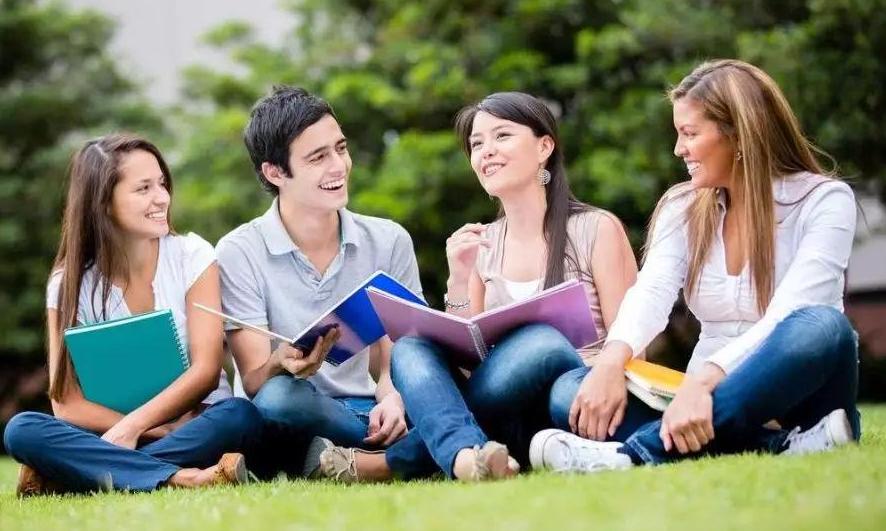 「香港求学」去香港读书一年要多少钱?