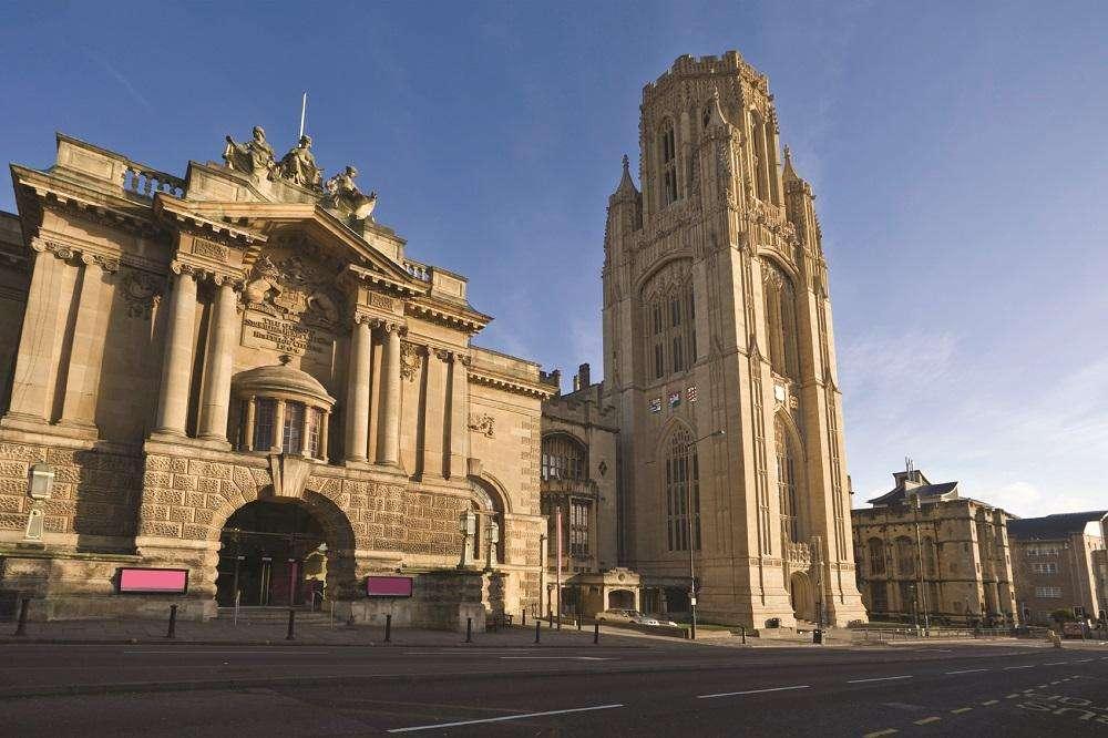 「英国留学」2021-2022英国布里斯托大学招生简章