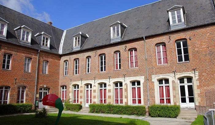 「欧洲留学」法国硕士留学一年要多少钱?