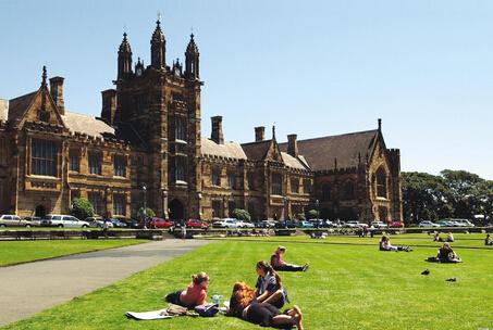 「澳洲留学」2021澳洲留学学费贵吗?