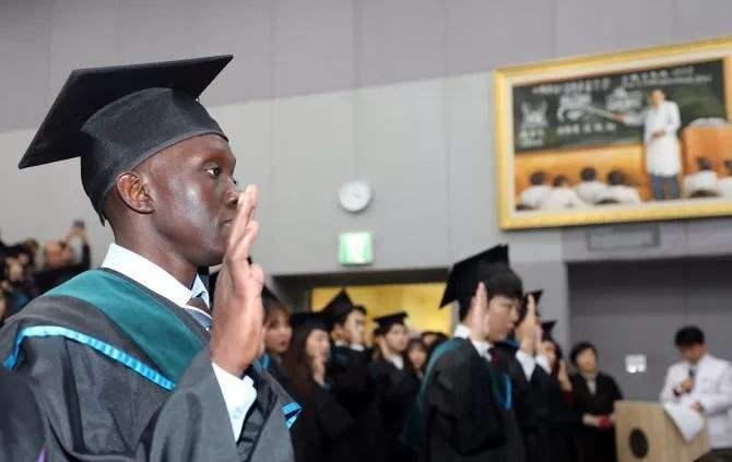 「韩国留学」韩国留学TOPIK考试写作有哪些技巧?